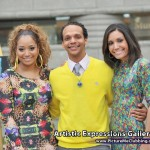 Siana and SuVon Treece with Devin Laster, the 2012 featured artist.